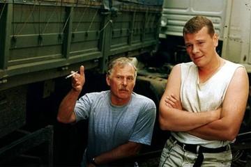Народный артист Белоруссии Владимир Гостюхин: Попытка Лукашенко быть и с Западом, и Востоком - опасная штука. Он на эти грабли и наткнулся