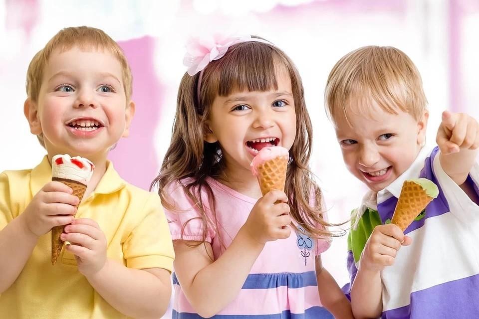 Эксперты объяснили важность сохранения выплат на детей от 3 до 7 лет