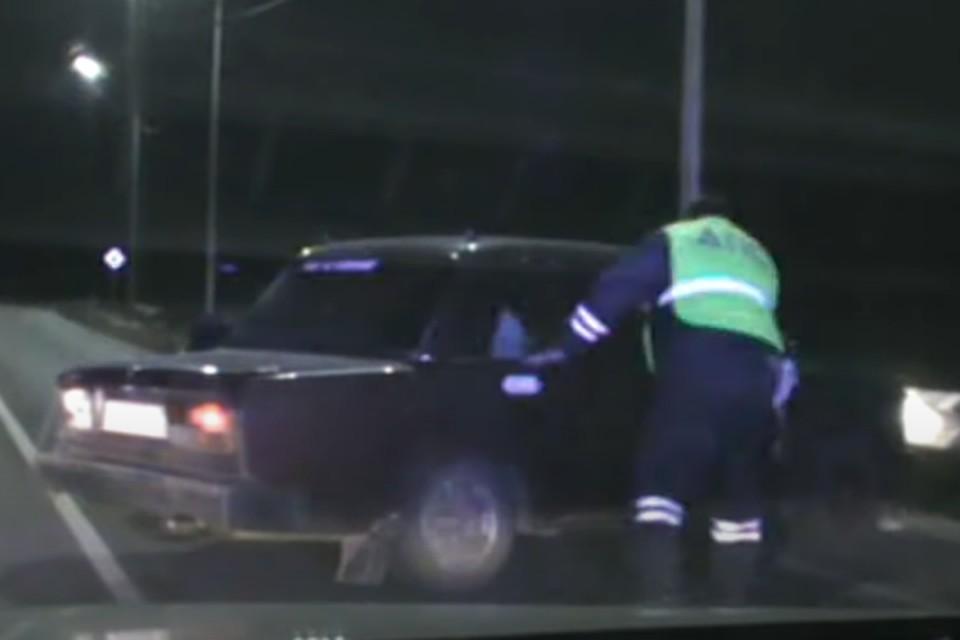 Пьяный лихач без водительских прав устроил гонки с полицейскими на трассе в Иркутской области. Фото: ГУ МВД России по Иркутской области
