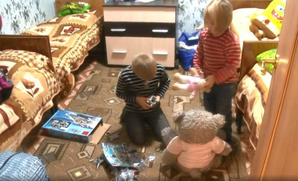 Семье погорельцев с восемью детьми дали квартиру в Вознесенском районе