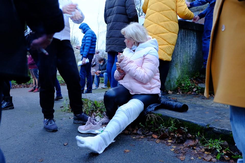 У одной из пострадавших - множественные переломы и травма коленного сустава.