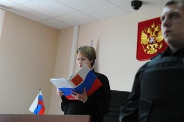 В Москве будут судить женщину, оставившую годовалую дочку бомжу в подземном переходе
