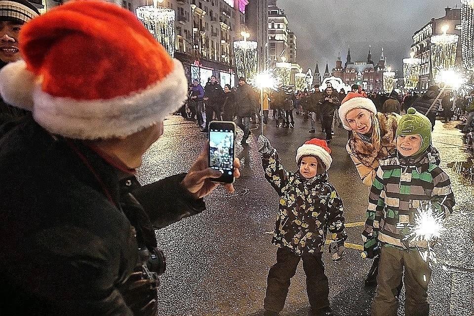 Россиянам предложили отказаться от долгих каникул в Новый год