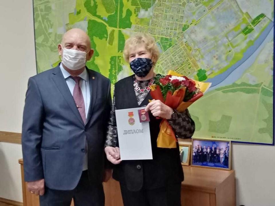 Ольга Ивановна 38 лет проработала на Горьковском автозаводе. Фото: Администрация Нижнего Новгорода