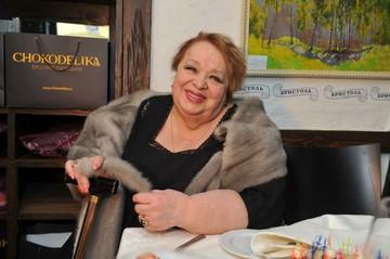 «Наследство получили и забыли»: Родню Натальи Крачковской осудили за заброшенную могилу