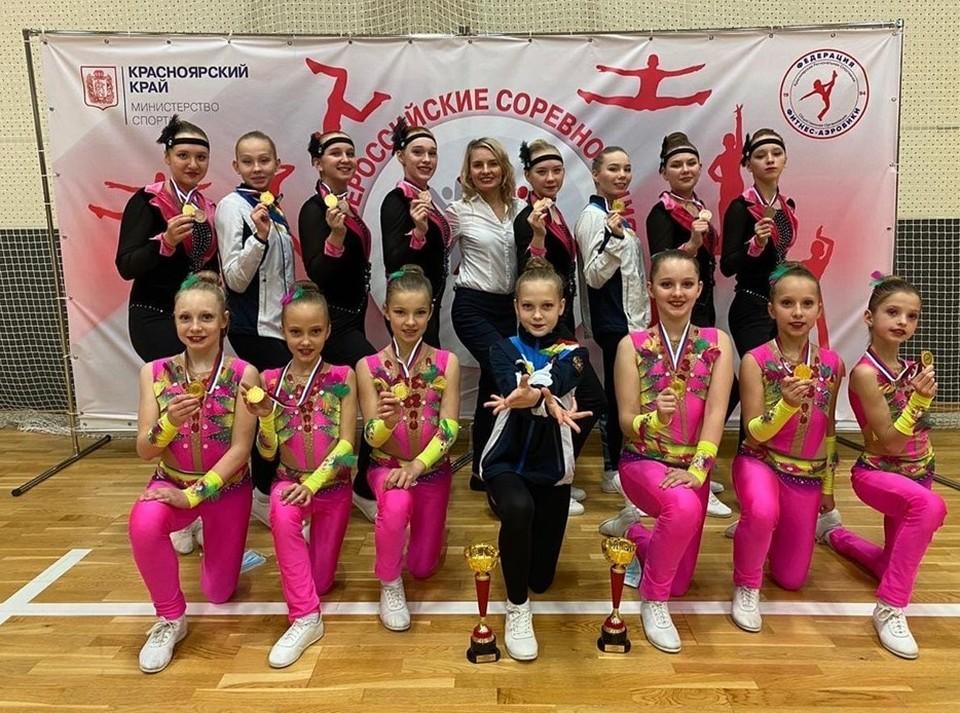 Честь Томской области на соревнованиях защищали воспитанницы ДЮСШ «Кедр».
