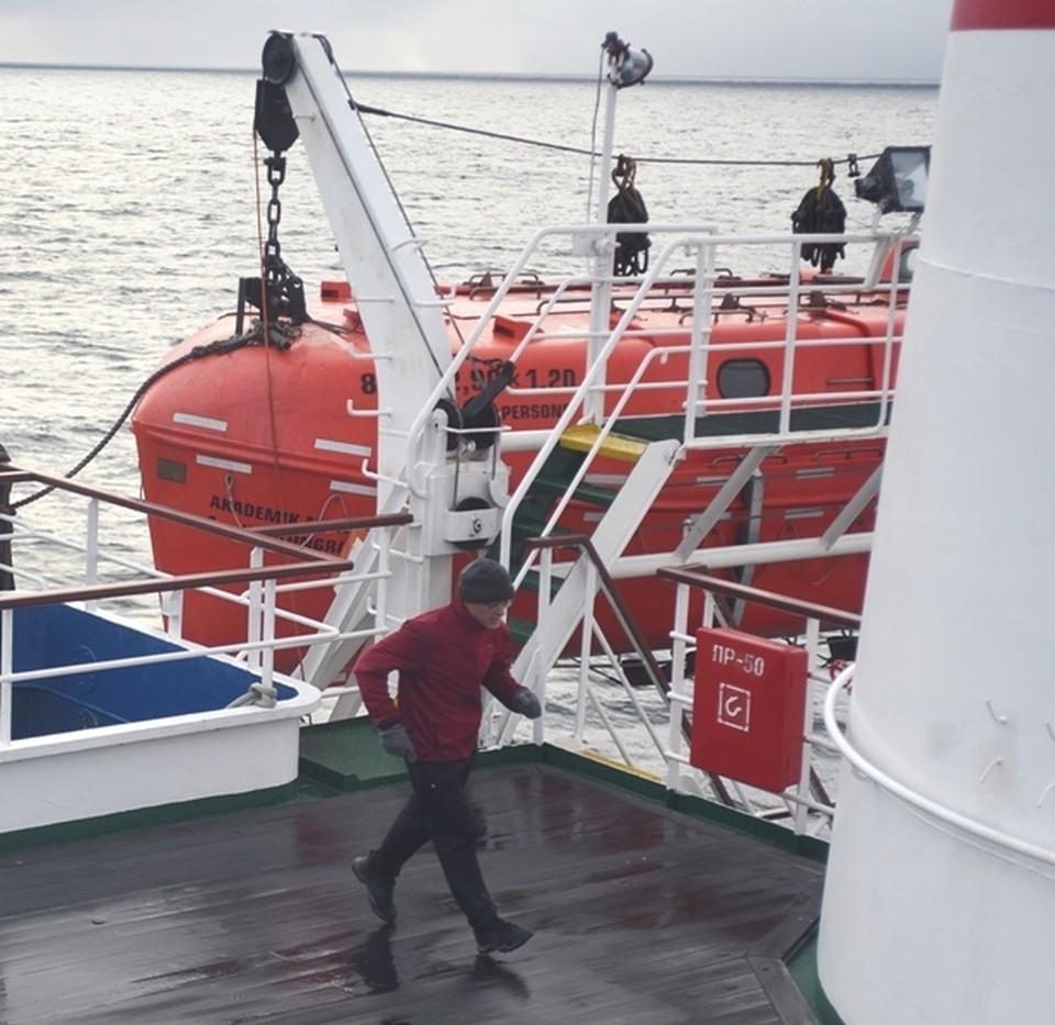 Марафон на корабле: томский ученый совершил необычный забег во время экспедиции в Арктику
