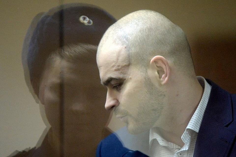 При исследовании трупа Марцинкевича в помещении Челябинского областного бюро судебно-медицинской экспертизы у него ротовой полости обнаружена еще одна предсмертная записка
