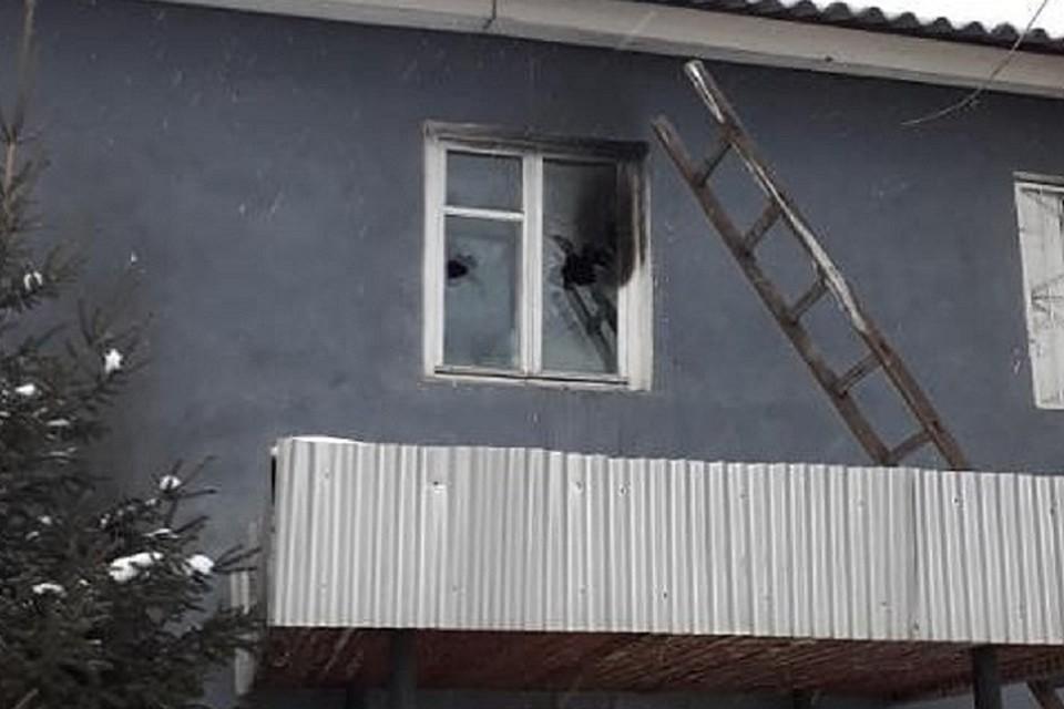 Администрацию района закидал тушенкой, полицию - «коктейлем Молотова»: жителя Красноярского края будут судить за теракт