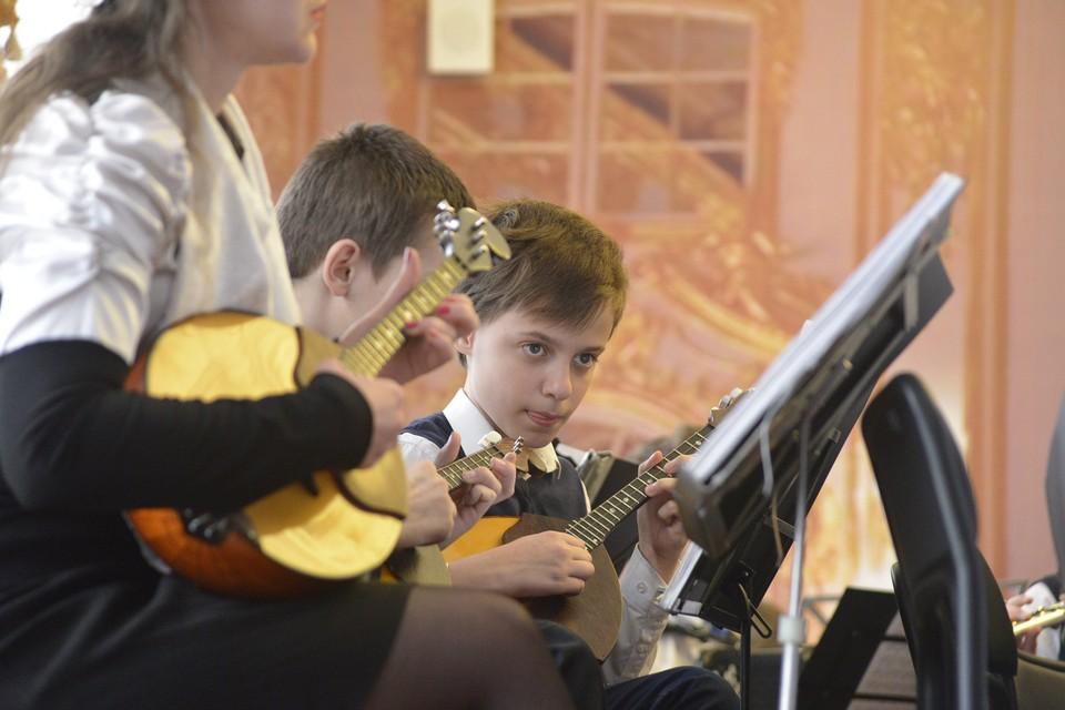 """Челябинская область реализует задачи национального проекта """"Культура"""". Например, ремонтирует музыкальные школы и оснащает их инструментами."""