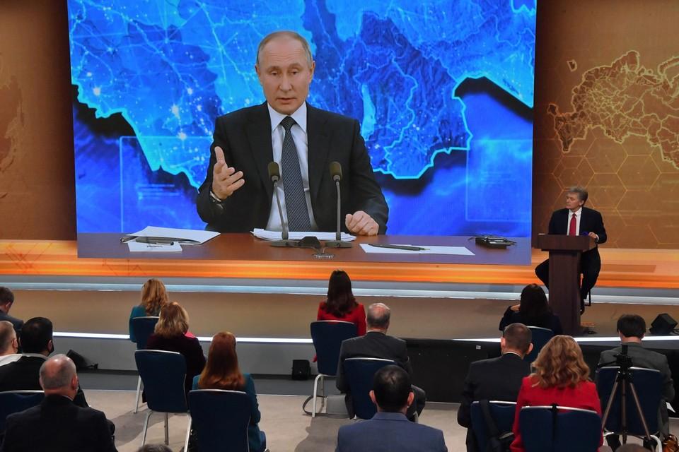 Президент рассказал, когда он вакцинируется, что случилось с Навальным и смотрел ли видео с Дзюбой