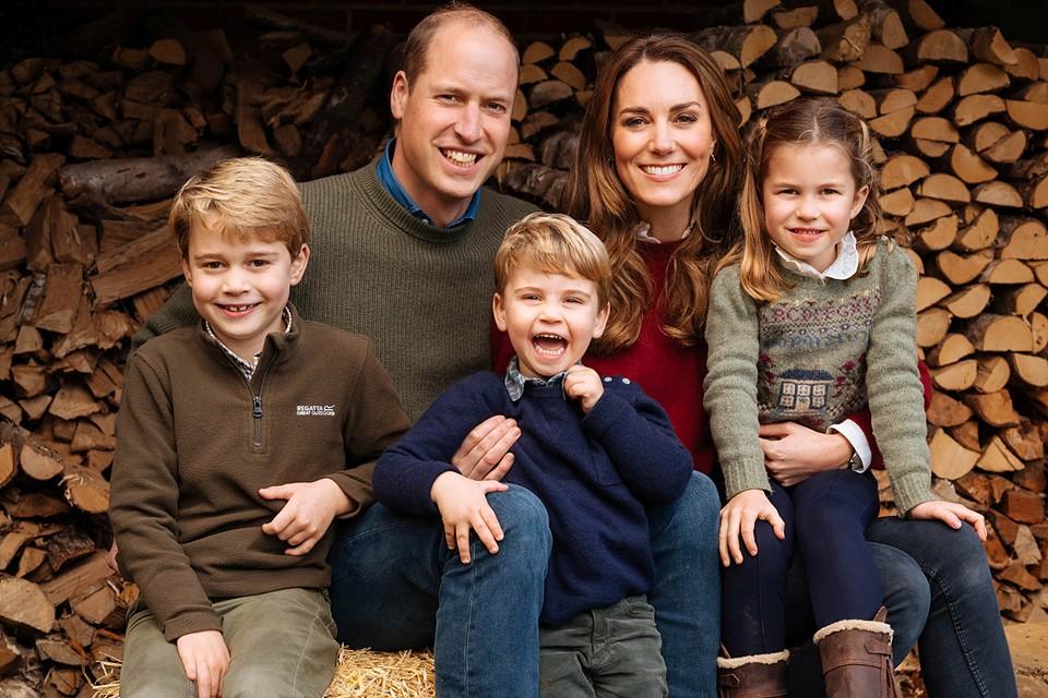 Уильям с женой и тремя детьми отметили Рождество в Анмер-холле в Норфолке