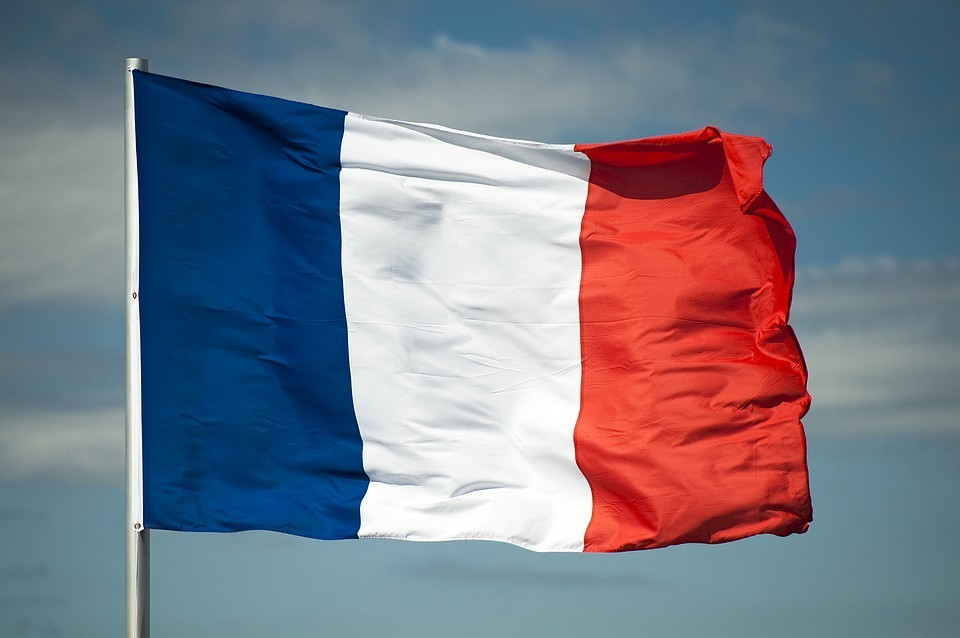 Франция ужесточит ограничения из-за коронавируса