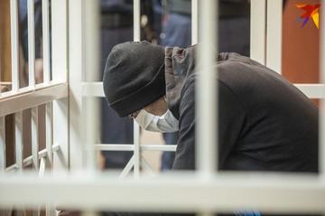 «Фельдшеру «скорой» сказали, что мальчик ударился головой о пол». В Минске судят отчима за убийство 6-летнего ребенка