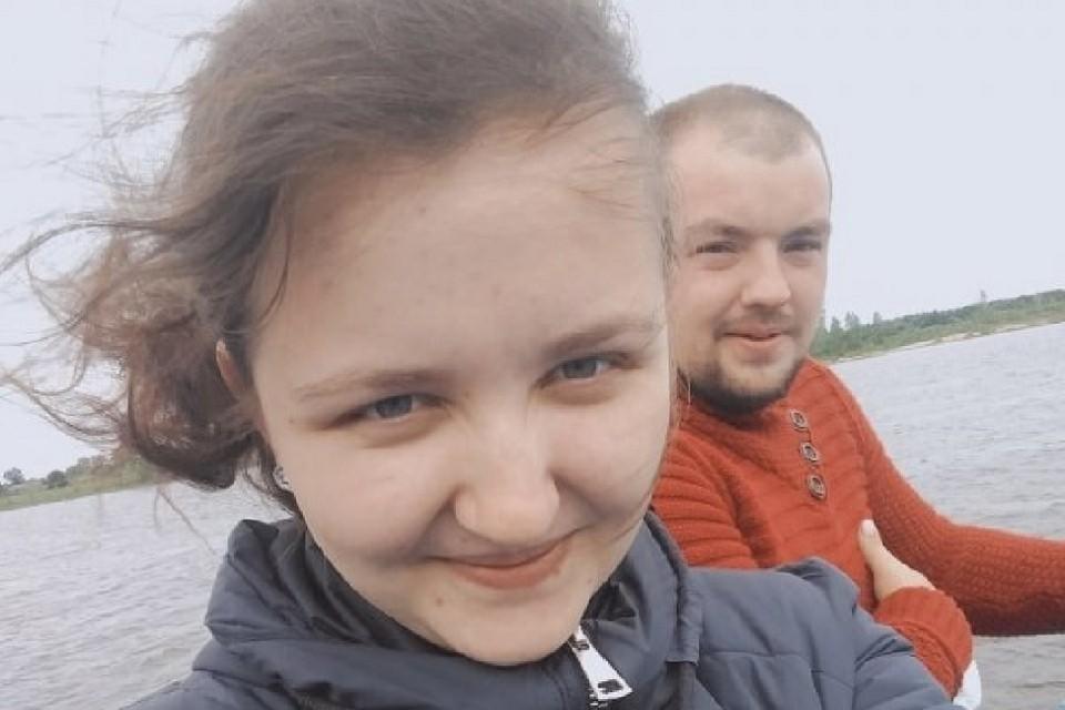 Ирина Ожгихина ищет дедушку, с которым последний раз виделась в селе Убинском. Фото: предоставлено героиней публикации.