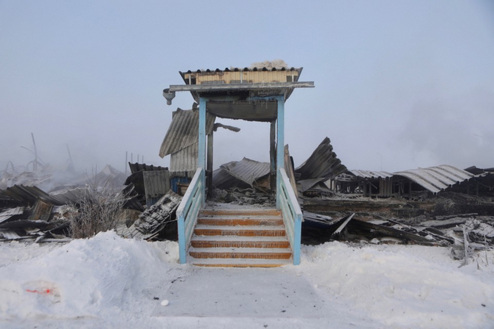 Это все, что осталось от школы после пожара. Фото: Александр Сафронов/правительство Приморского края.
