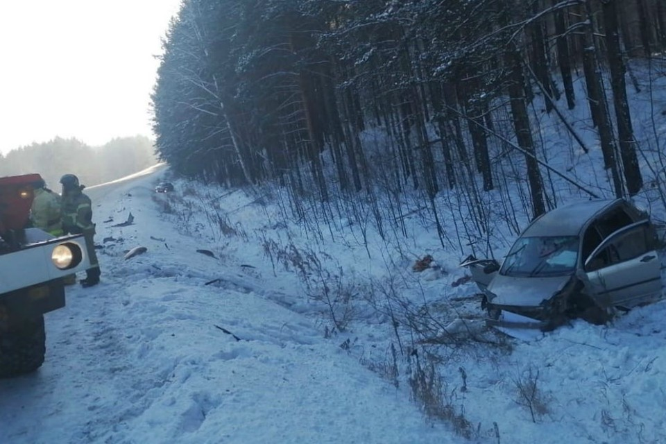Следствие ищет водителя грузовика, который видел момент тройного ДТП под Иркутском.
