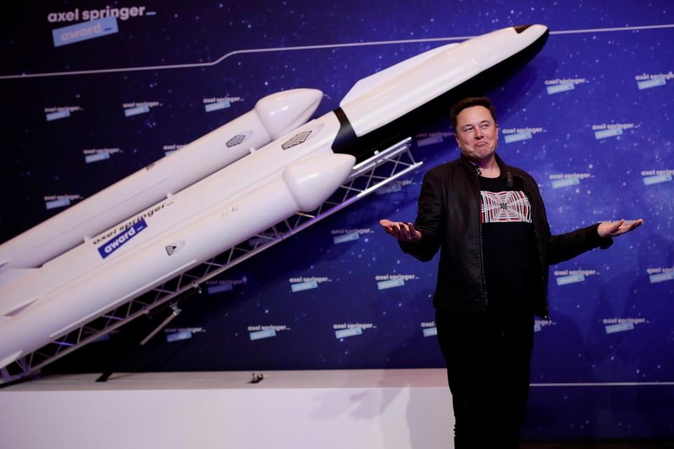 Половину своих доходов Маск готов потратить на решение марсианских задач