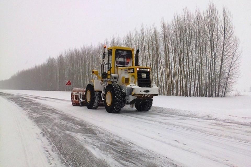 Во время уборки снега. Фото министерства транспорта РТ