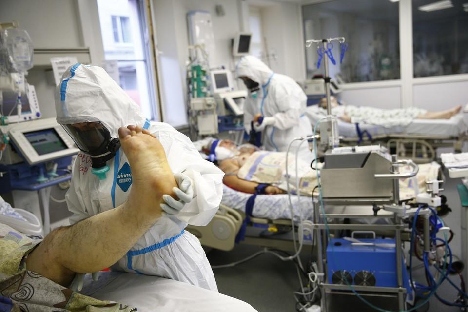 Некоторые пациенты попадают в реанимацию, а другие - не чувствуют болезнь совсем. Фото: Светлана ТУРЬЯЛАЙ
