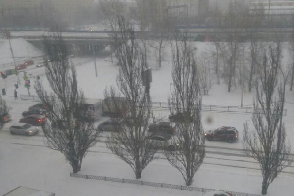 Снегопад прошелся по Екатеринбургу утром 15 января 2021 года. Фото: Алина СУРИНА
