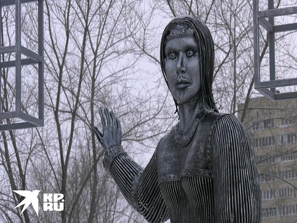 Жириновский поучаствует в аукционе за памятник нововоронежской Аленке