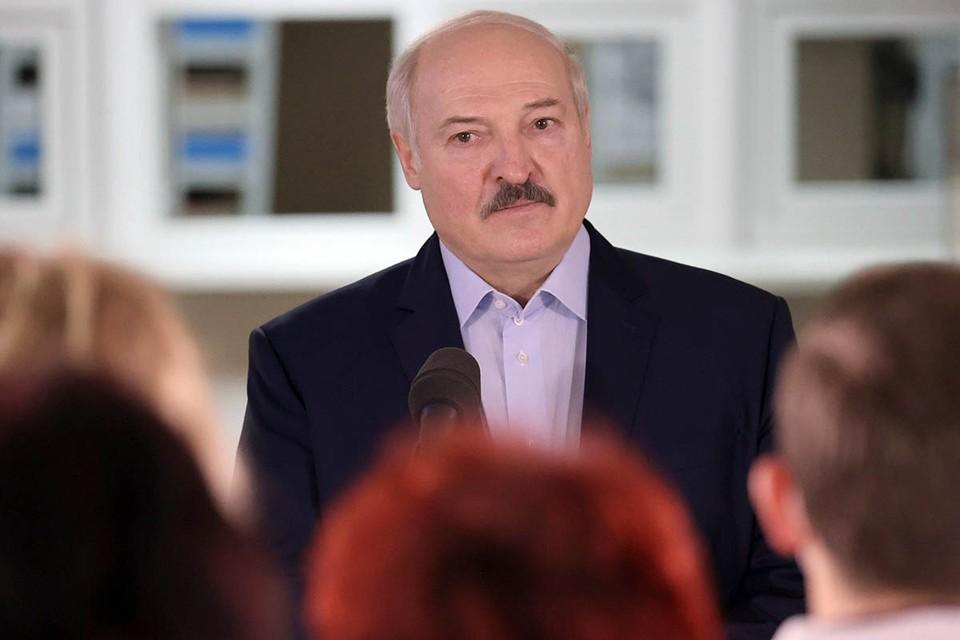 Белорусский лидер, отмечая наступление Старого Нового года, сделал несколько громких заявлений. Фото: EPA/ТАСС