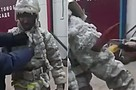 «Постучите по мне ледорубом»: якутские спасатели показали, как раздеваются после тушения пожара в 50-градусный мороз