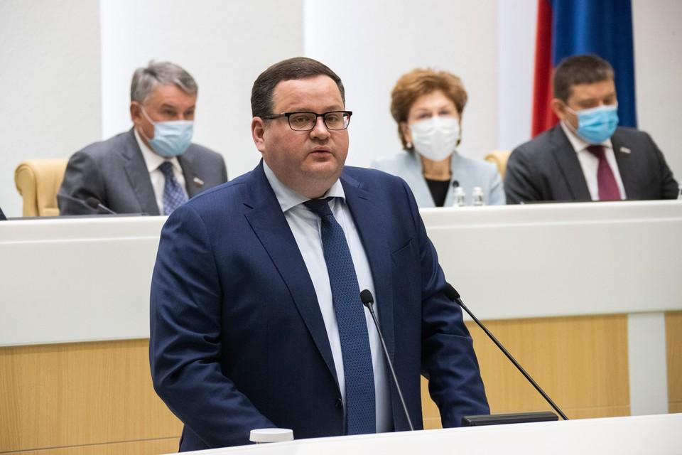 Численность безработных в РФ снизилась с 4,8 млн до 4,4 млн, заявил Котяков.