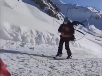«Мотор вместо ски-пасса»: В Сочи райдер нашел оригинальный способ не платить за подъемник