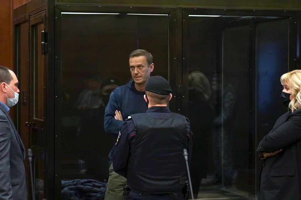 Суд рассматривает лишь несоблюдение Навальным условий испытательного срока по приговору еще 2014 года.