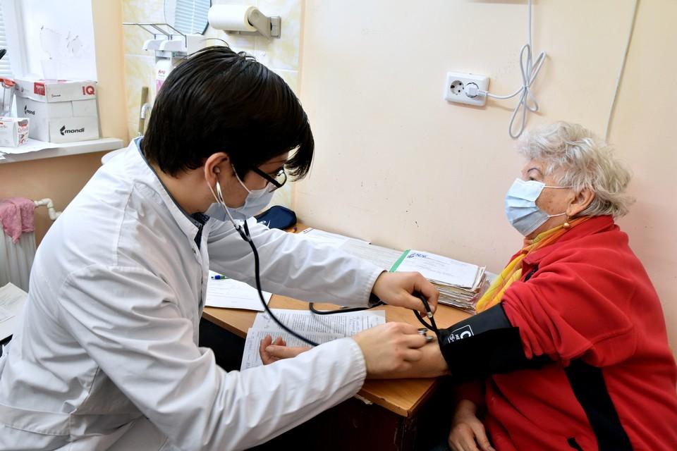 Крым получил 15 тысяч доз вакцины