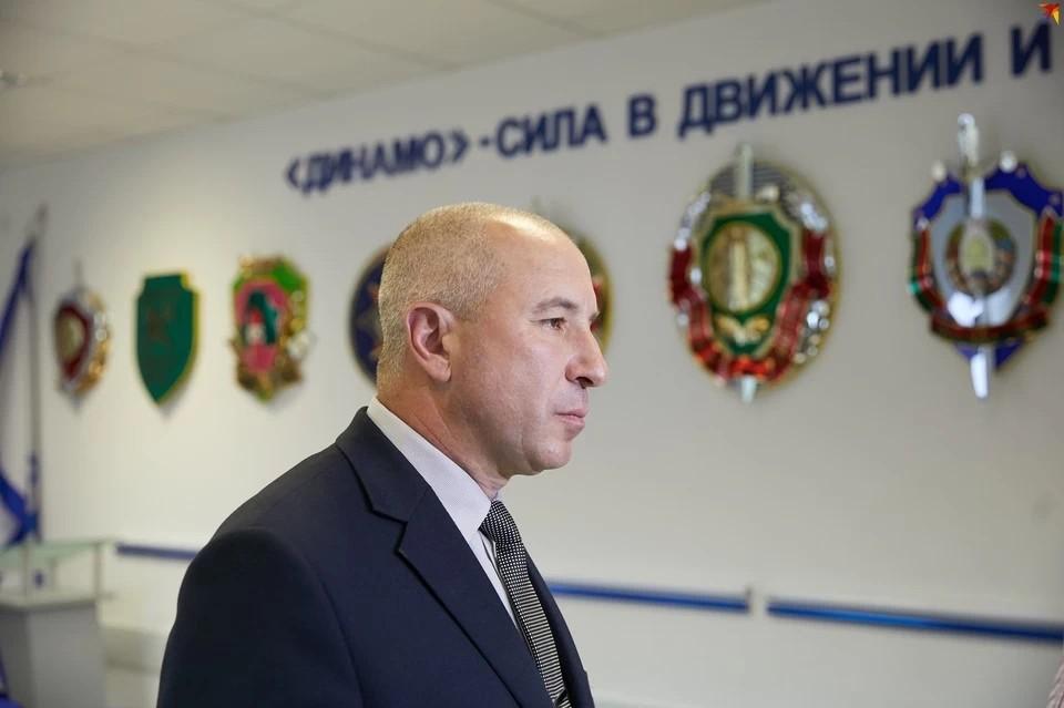Караев провел прямую линию и рассказал, с какими вопросами звонили чаще всего