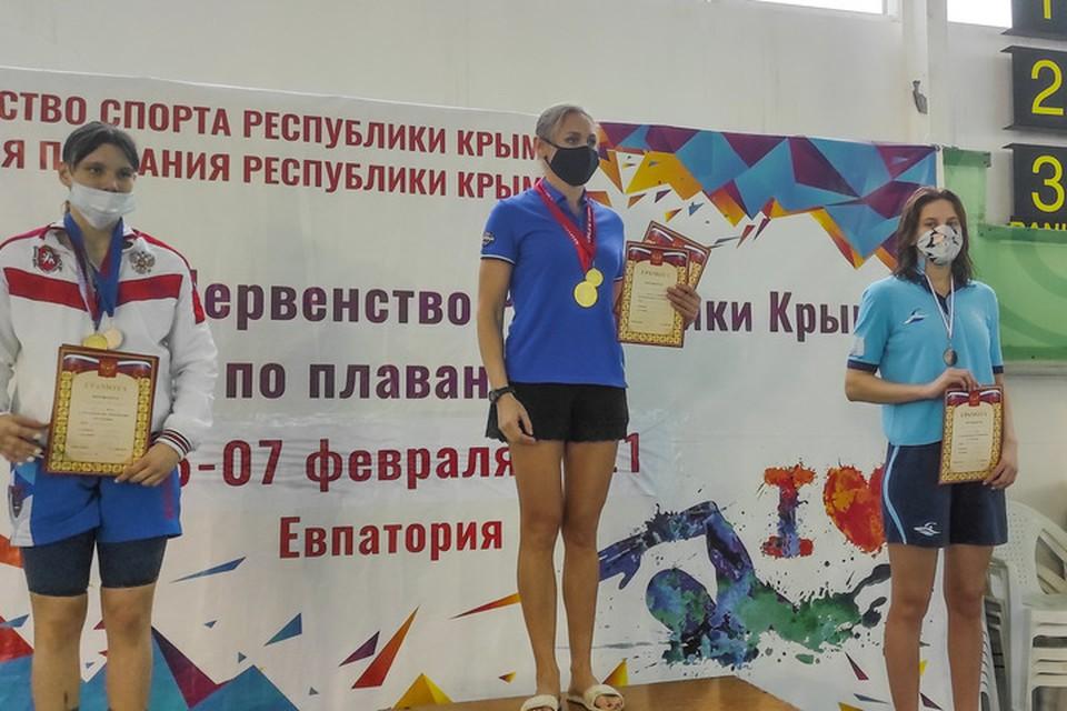 Пловцы ДНР завоевали 38 медалей в Крыму. Фото: Минспорта Республики