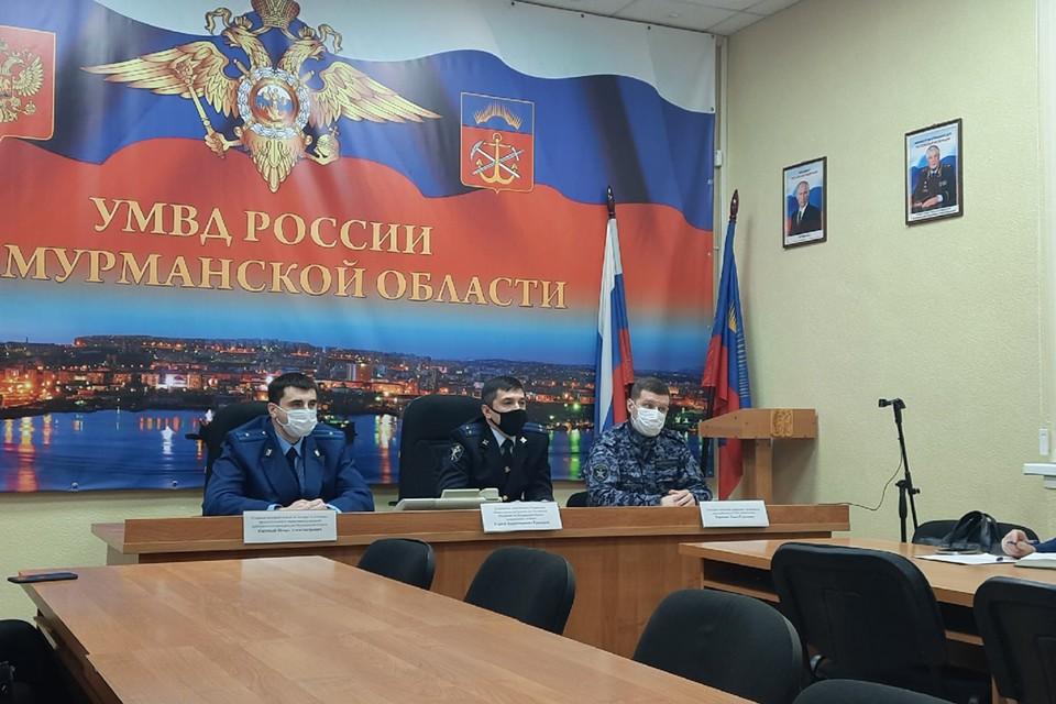 По версии следствия, члены организованной группы с 2014 по 2020 год на территории Мурманска совершили ряд преступлений против собственности мурманчан.