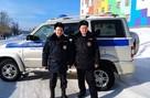 «Выносили на руках детей и стариков». В Пермском крае полицейские первые пришли на помощь людям на пожаре