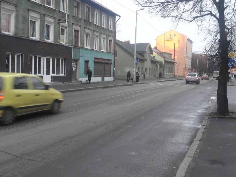 Сейчас транспорт движется только в направлении Балтийского рынка.