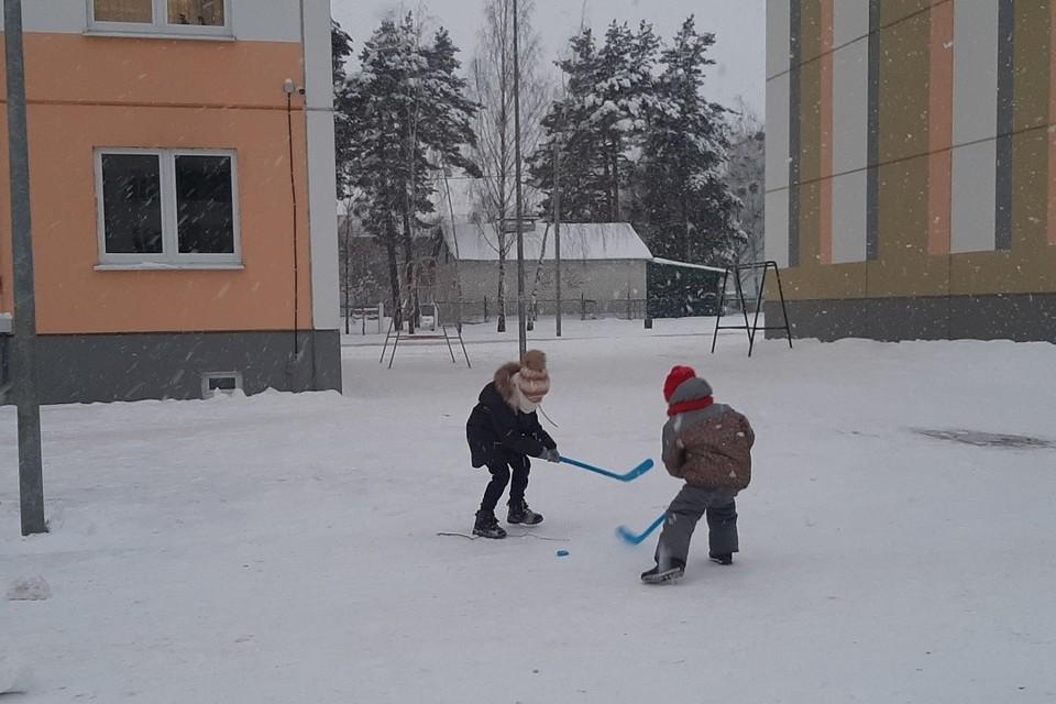 Ближайшие дни погода в Беларуси будет меняться от сильных заморозков к небольшому потеплению и обратно.