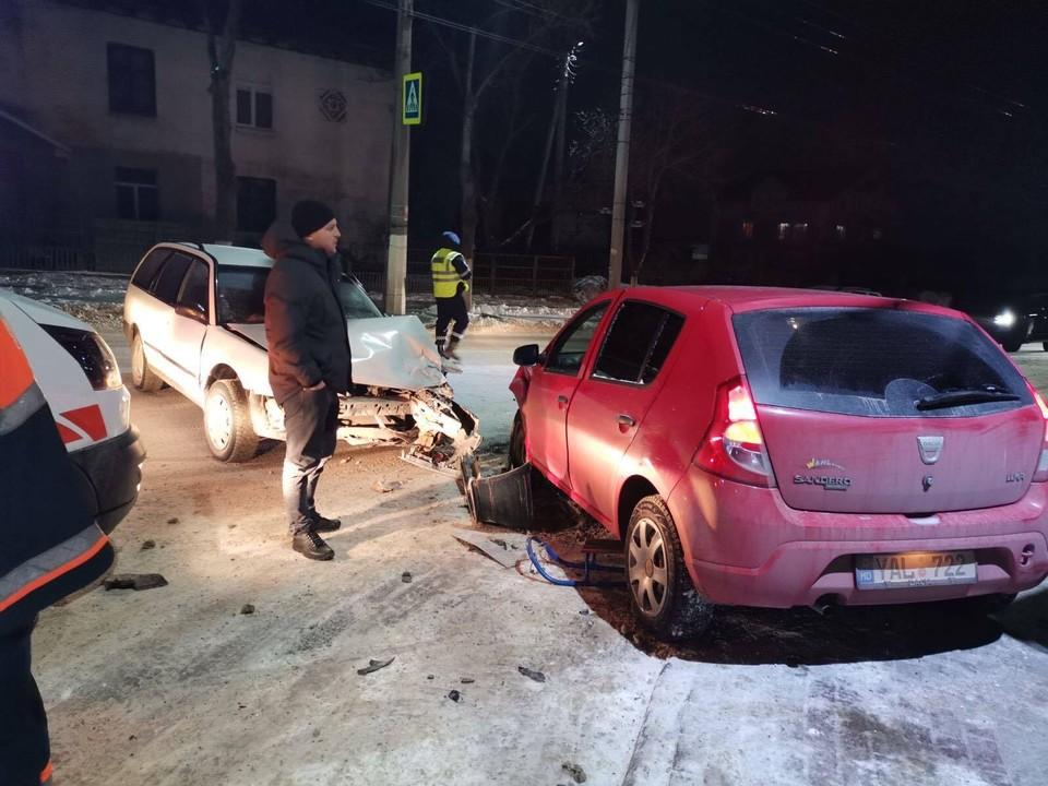 Автомобиль сбил двух детей (Фото: btv.md).