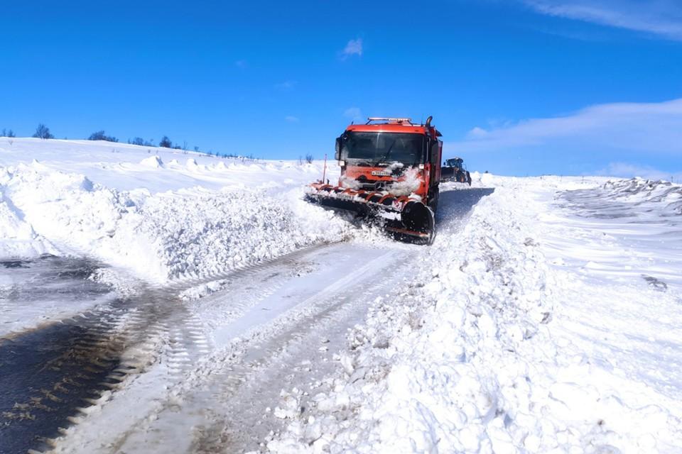 Дороги в Заполярье остаются в нормативном состоянии , несмотря на трудные погодные условия.