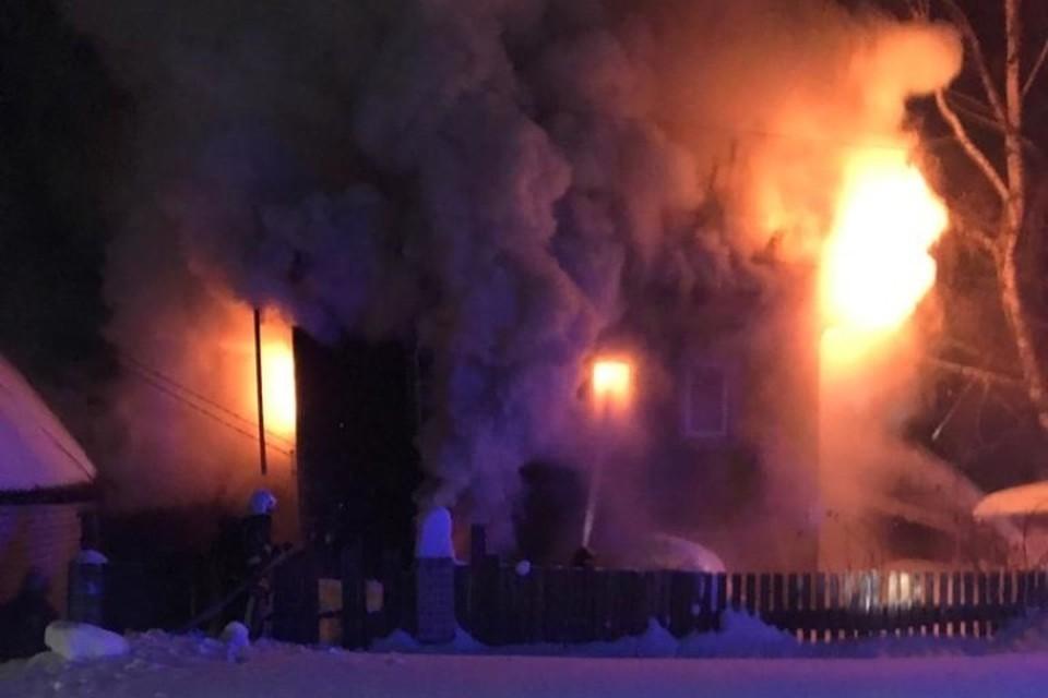 В Кирове произошёл пожар в жилом доме. Фото: ГУ МЧС по Кировской области