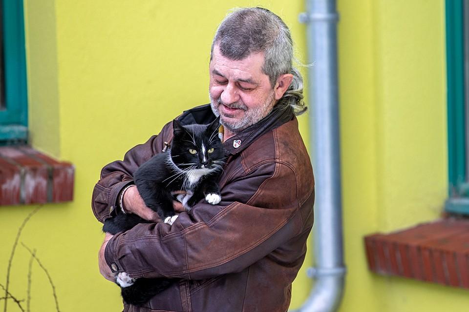 Заявку от имени кота по кличке Кварки подал его хозяин Торстен Лор