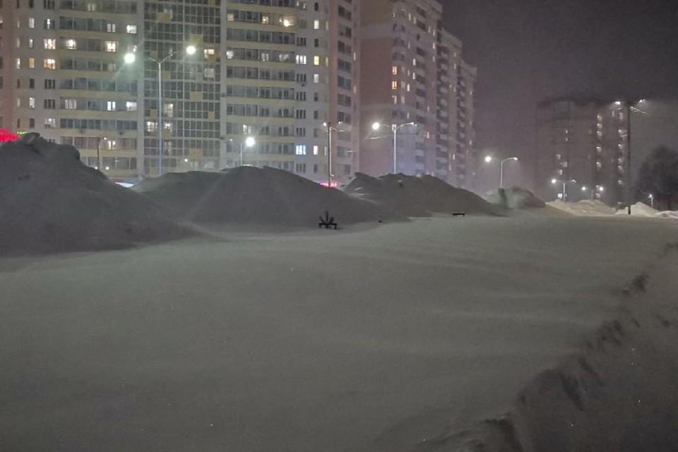 В 90% случаев собственникам не принято решение о вывозе снега.