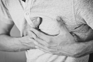 Тревожные звоночки: что должно подсказать, что перенесенный коронавирус серьезно ударил по сердцу и сосудам?
