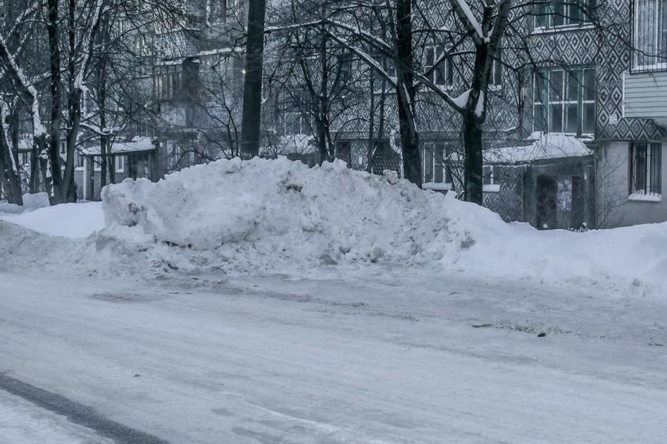 Снег в Калуге убирают круглосуточно