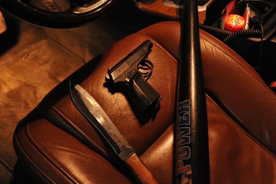 В Дагестане двоих мужчин расстреляли перед камерами наблюдения