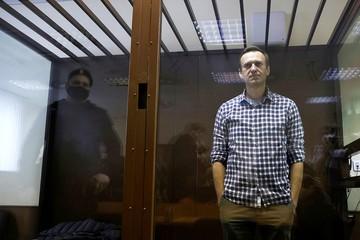 До «прекрасной России будущего» час лету: чего добивается Алексей Навальный и какую страну хочет построить