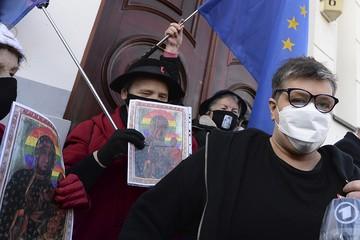 В католической Польше местных Pussy Riot оправдали по делу об оскорблении чувств верующих