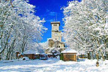 В Сочи после снегопадов вновь открыта для посещений башня на горе Ахун