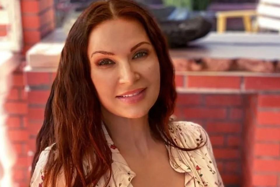 Харизматичная актриса давно пришлась россиянам по душе. Фото: Эвелина Бледанс / Инстаграм